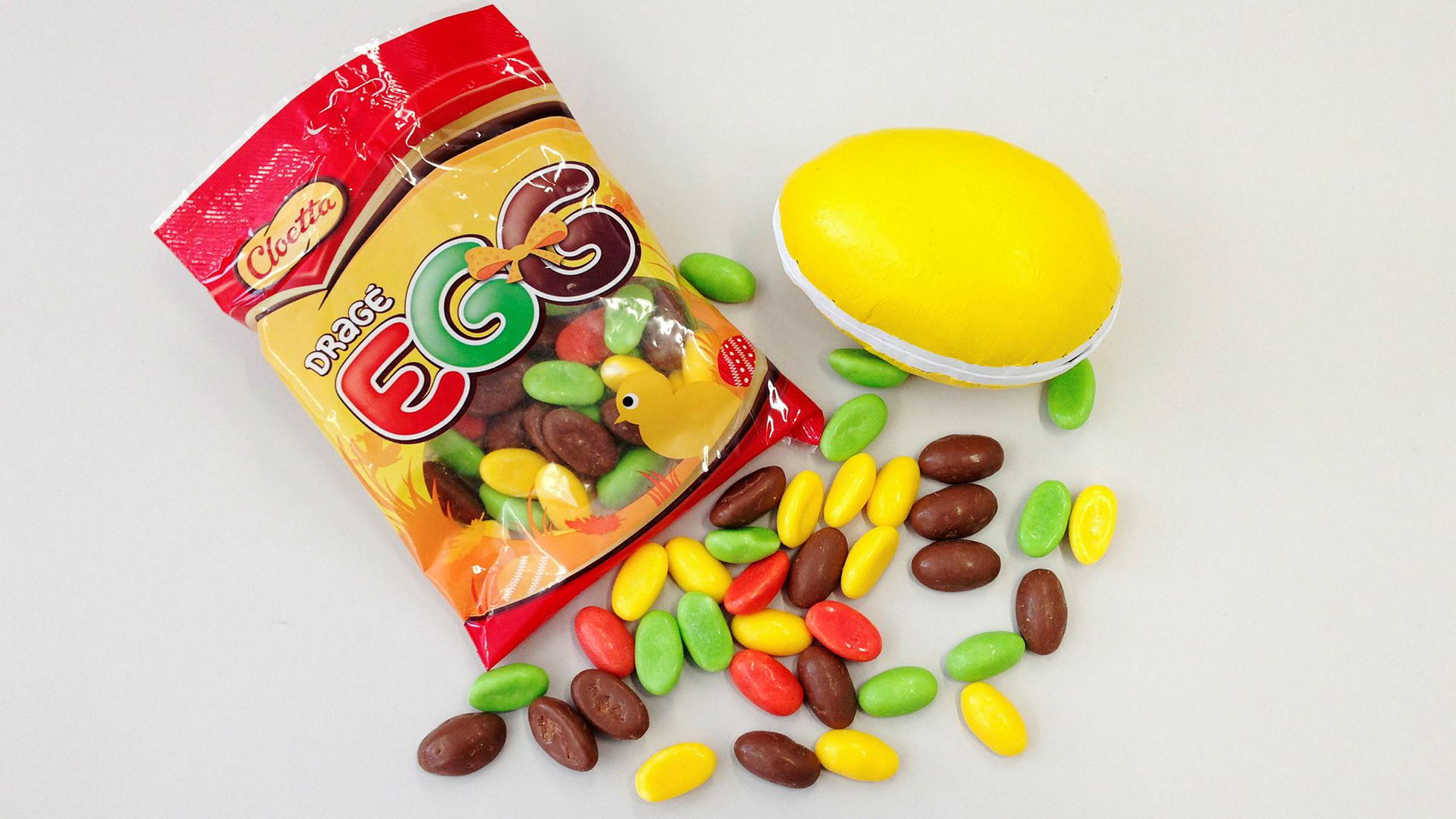 Sure tider for den svenske godteriprodusenten Cloetta, der flere topper er pågrepet mistenkt for økonomisk snusk.
