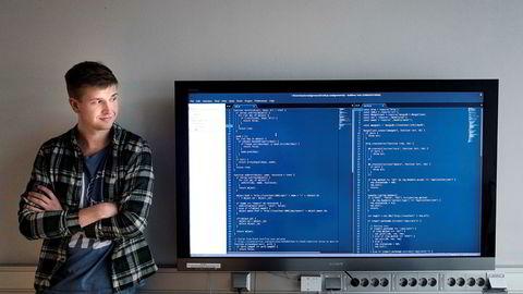 Et introduksjonskurs var den eneste erfaringen Henrik Johan Wistner (22) hadde da han begynte på programmeringsstudiet ved Universitetet i Oslo i høst.