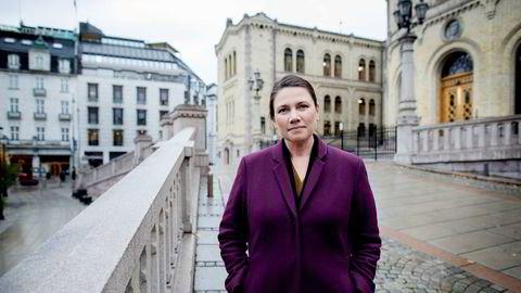Stortingspolitiker Heidi Nordby Lunde (44) mener deltidsdebatten lider av at høyre- og venstresiden fyrer løs på hverandre. – Debatten blir dessverre altfor polarisert. Årsaken til at kvinner jobber for lite er sammensatt, sier Lunde.