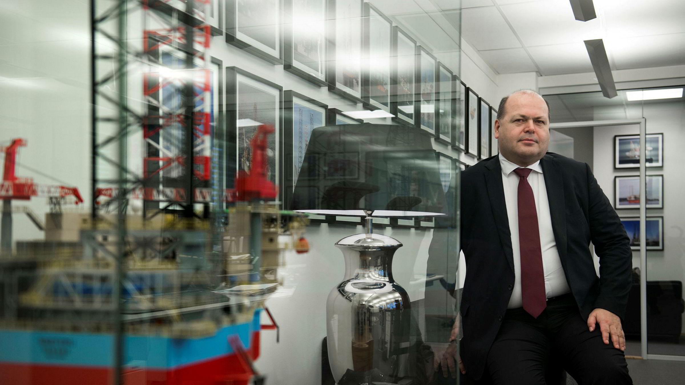 Oljeanalytiker Trond Omdal i Pareto mener Statoil tjener godt på eierandelene i det svenske oljeselskapet Lundin.