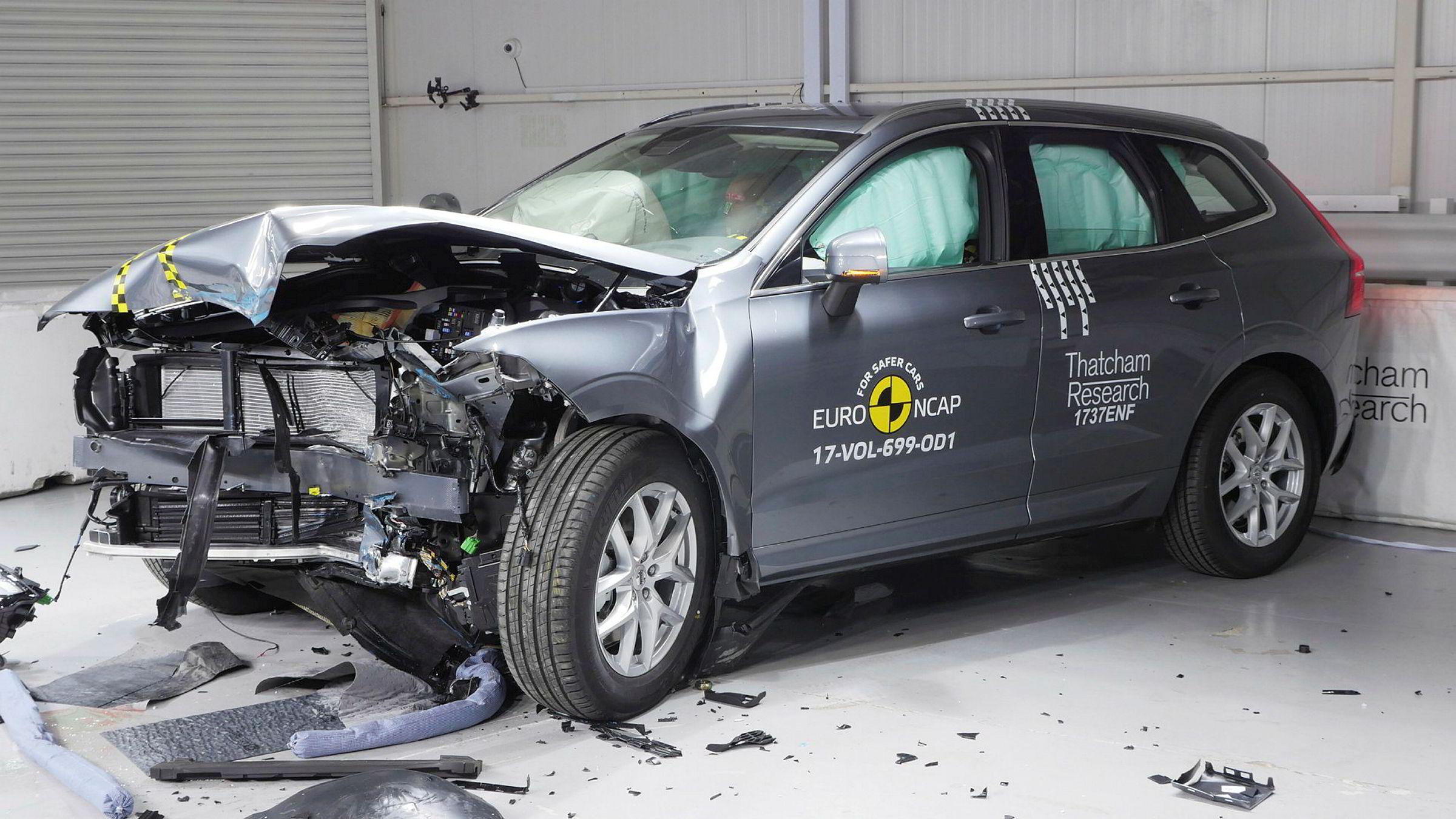 Volvo XC60 og syv andre bilmodeller gjør det svært bra i fersk kollisjonstest.