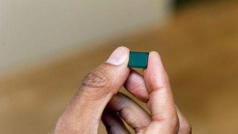 Arkivbilde. Produktfoto av andre generasjons fingerskanner i silisium fra Idex.