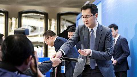 Tencents grunnlegger Ma «Pony» Huateng konkurrerer med Alibaba-grunnlegger Jack Ma om å være Asias rikeste. Etter høy vekst i Kina de siste 15 årene satser 48-åringen internasjonalt med investeringer og oppkjøp.