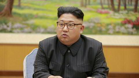 Stormaktene presser Kim Jong-Uns Nord-Korea til å stanse sine programmer for utvikling av atomvåpen og langtrekkende raketter.