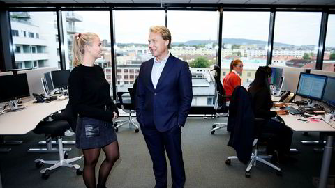 John Sætre, leder for bankvirksomheten til Nordea i Norge, sier at banken jobber knallhardt for å sikre at det ikke foregår hvitvasking på Nordea-kontoer. Synne Nordvold er i frontlinjen i Nordeas kamp mot hvitvasking.