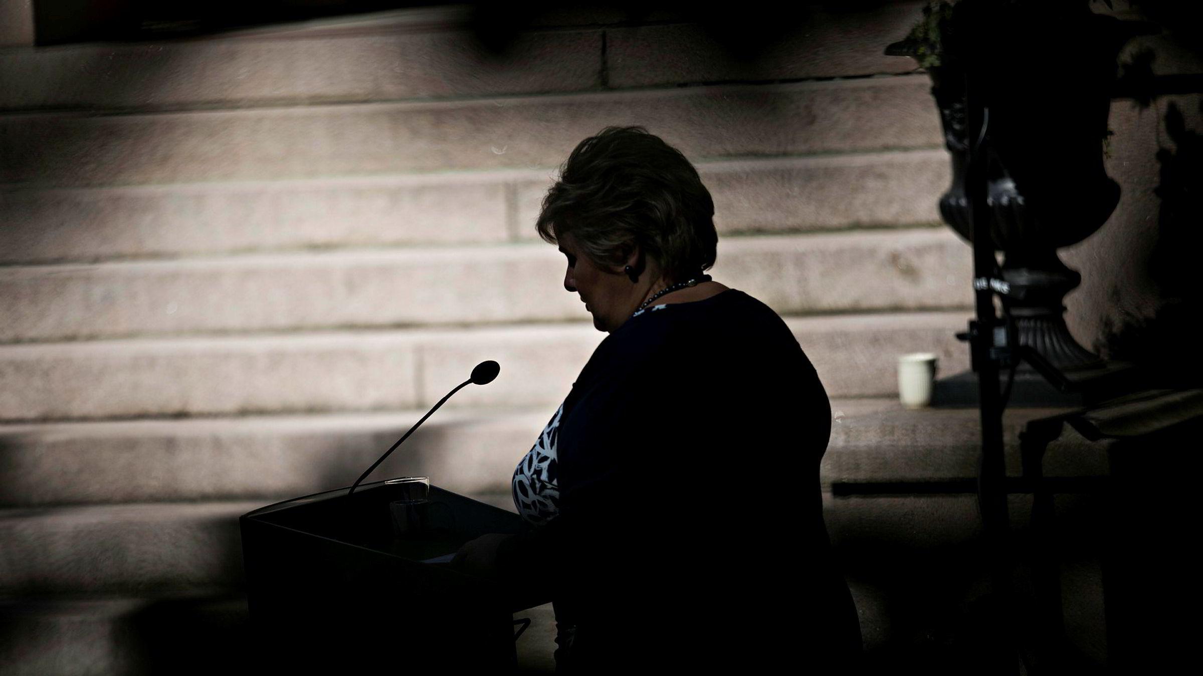 Statsminister Erna Solberg vil ikke gi noen vurdering av at kritikken mot hennes egen regjering er hemmeligstemplet.