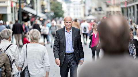 Høyres Michael Tetzschner har slaktet Stortingspresidentskapets håndtering av byggeskandalen på Stortinget. Nå har han søkt om permisjon og slipper dermed å stemme på om Thommessen skal få fire nye år som stortingspresident.