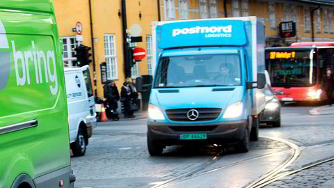 Bring og PostNord konkurrerer på pakkelevering i Norge. I Sverige leverer PostNord også ut brev.