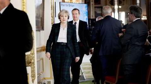 Storbritannias statsminister Theresa May går for en «hard brexit» med fullt brudd med EU i 2019.