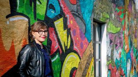 Hilde Østby har dykket ned i kreativitetens historie og har gjennomgått hjerneforskningen på området. Selv opplevde hun et oppsving i kreativiteten da hun fikk hjernerystelse.