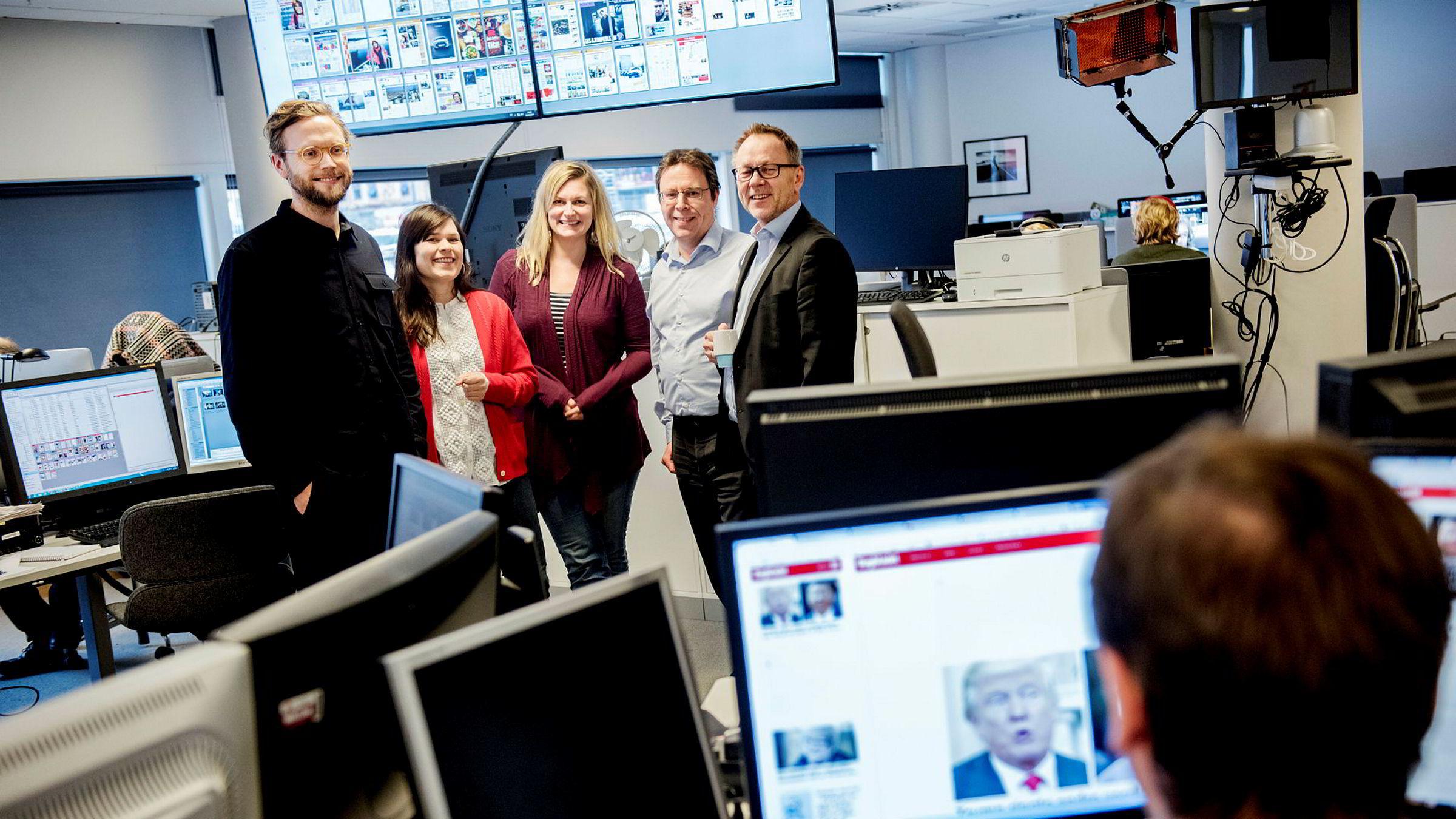 Politisk redaktør Geir Ramnefjell, kulturredaktør Sigrid Hvidsten, Magasinet-redaktør Karine Østtveit og sjefredaktør John Arne Markussen i Dagbladet ser at papirinntektene går ned – og digitalinntektene opp.