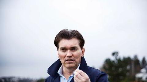Investor Arne Fredly har fått en stor nok investorgruppe med på laget, og kan sette en stopper for planene for Ståle Kyllingstads IKM Gruppen og Hunter.
