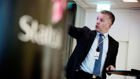 Statoils sjeføkonom Eirik Wærness, her under fremleggelsen av selskapets årlige Energy Perspectives-rapport i juni, 2016.