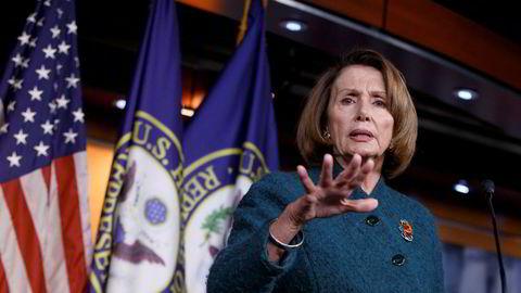 Nancy Pelosi har ikke mye godt å si om Donald Trumps viktigste rådgiver.