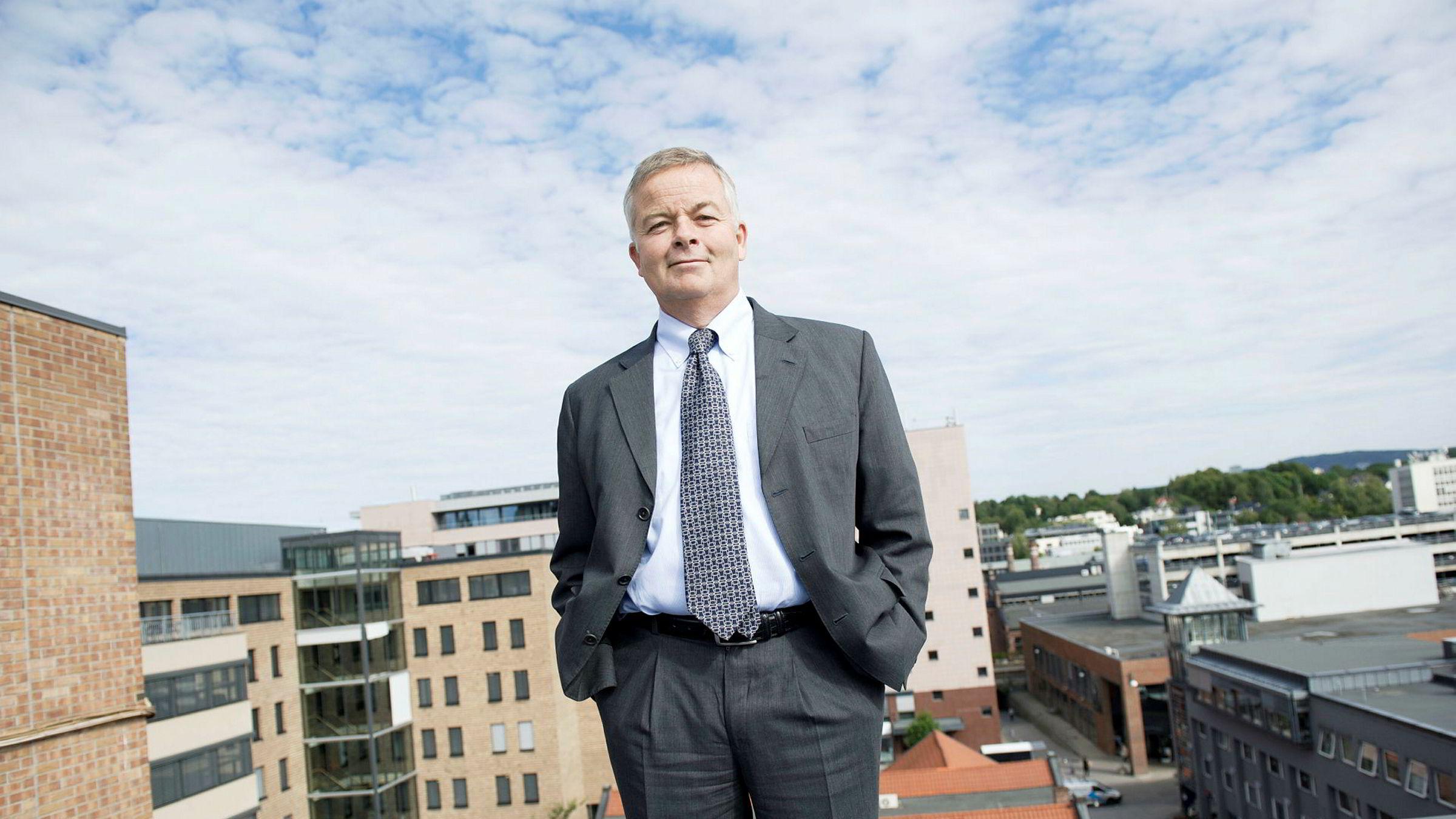 Veidekke solgte boliger for for 900 millioner kroner i tredje kvartal. Avbildet er Veidekkes konsernsjef Arne Giske.