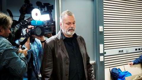 Eirik Jensen er kjent skyldig i medvirkning til hasjsmugling. Her på vei inn til sal 250 i Oslo tingrett.