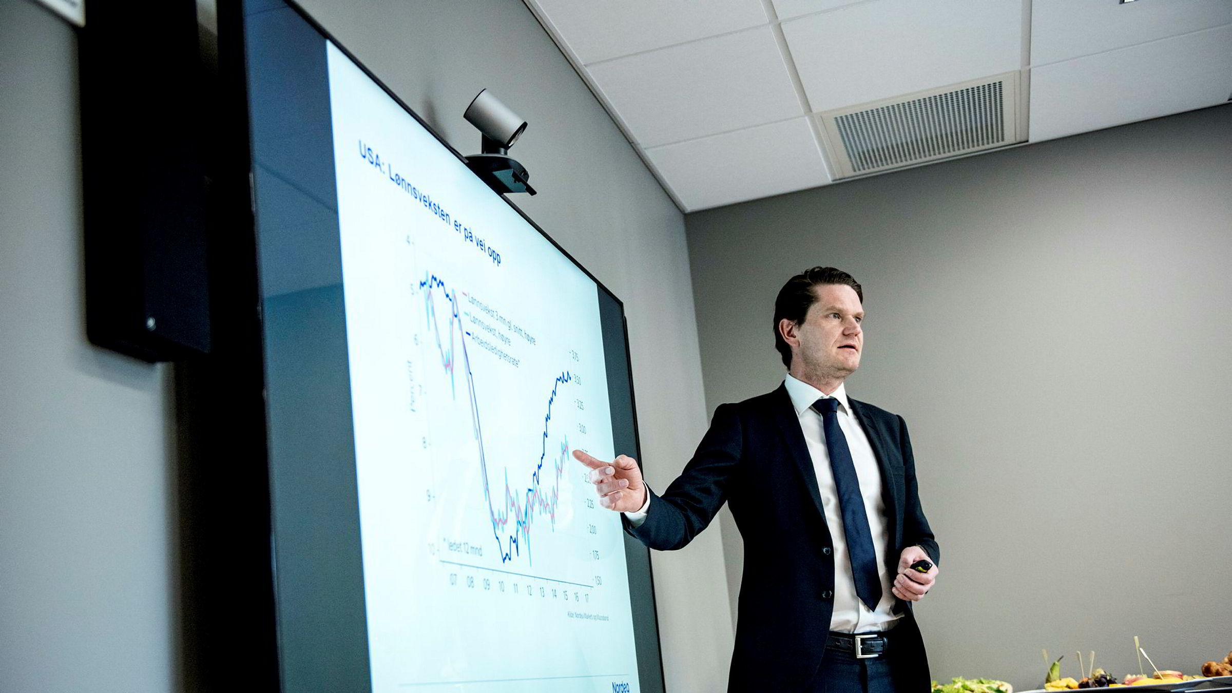 Sjeføkonom Kjetil Olsen i Nordea Markets ser ingen fundamentale årsaker til den kraftige kronesvekkelsen.