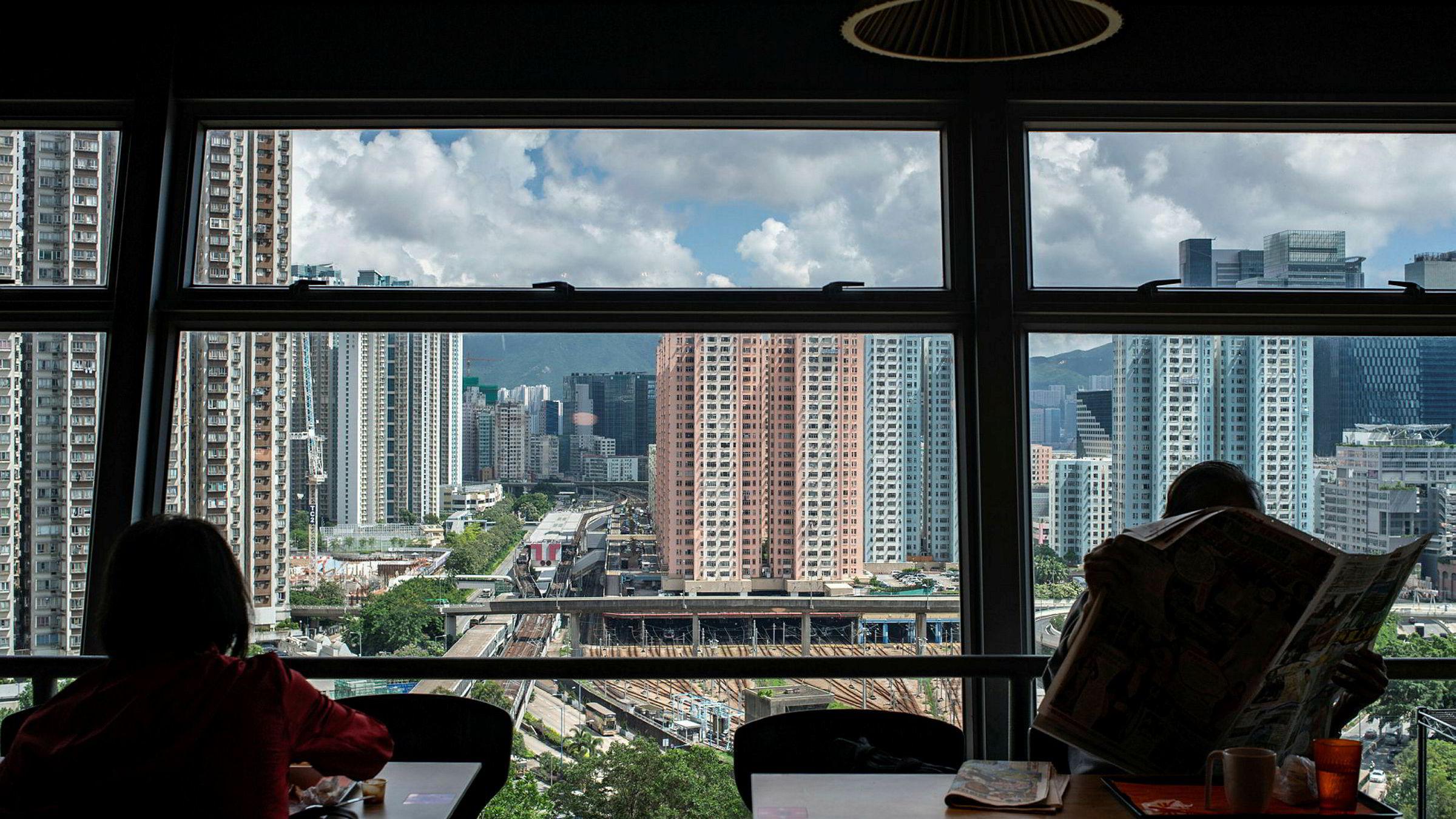 Hong Kong er verdens dyreste by å bo i for utenlandske arbeidstagere, ifølge en undersøkelse fra Mercer.