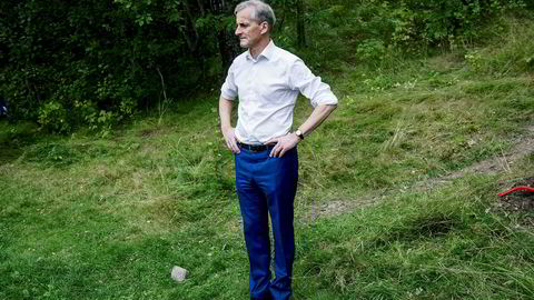 – Om jeg blir statsminister er det min plan å fratre rollen som styreleder og gå ut av styret i Femstø. Jeg vil beholde eierskapet og med det stemmerett på generalforsamlinger, sier Ap-leder Jonas Gahr Støre.