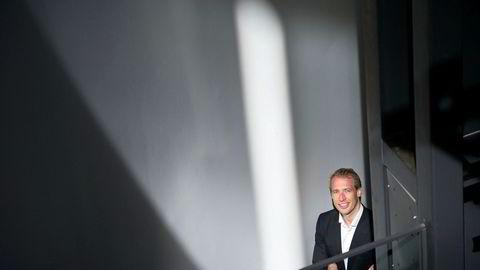 Aksjeanalytiker Teodor Sveen-Nilsen i Sparebank 1 Markets tar et oppgjør med Equinors internasjonale satsing.