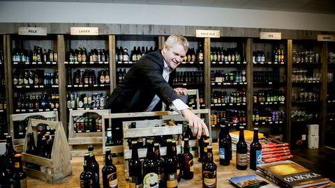 Rolf Ivar Skår, gründer av Gulating Bryggeri. Her ved ølutsalget ved Triaden senter i Lørenskog.