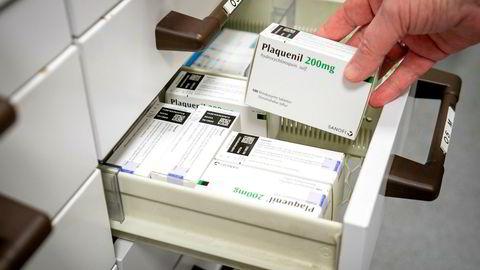 Opposisjonen på Stortinget krever at regjeringen planlegger for hvordan Norge skal være selvforsynt med viktige medisiner.