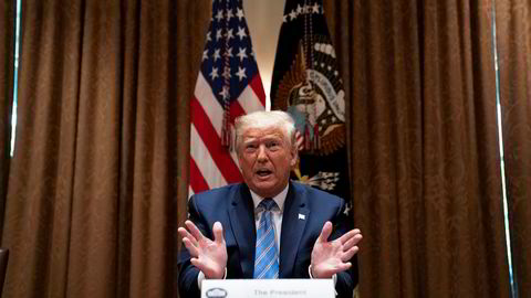 President Donald Trump sa mandag at han tirsdag vil signere en egen presidentordre om politiet i USA.