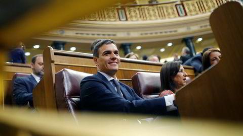 Spanias nye statsminister Pedro Sanchez vil presentere sin nye regjering på onsdag. Foto: AP / NTB scanpix