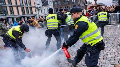 Politiet grep inn da Koranen ble påtent under et arrangement i regi av Stopp islamiseringen av Norge (Sian) i Kristiansand i fjor.