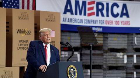 President Donald Trump kunngjorde gjeninnføring av toll på canadisk aluminium da han talte på et arrangement på en Whirlpool-fabrikk torsdag.