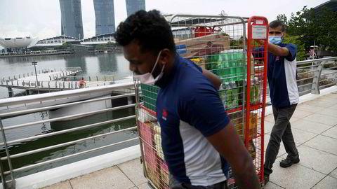 Singapore slo av hovedbryteren i begynnelsen av april. Nå starter gjenåpningen for miniputtstaten som er svært avhengig av kontakt med omverdenen.