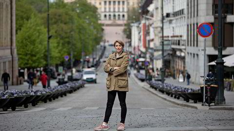 Smitteverntiltak gjør at folk ikke konsumerer mer enn de gjør, og nettopp derfor trenger vi direkte etterspørsel fra offentlig sektor, skriver Kari Elisabeth Kaski.