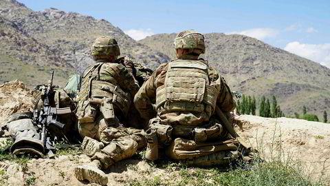 Det amerikanske forsvaret fortsetter tilbaketrekkingen fra Afghanistan og regner med å ha færre enn 5.000 soldater i landet innen slutten av november.