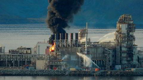 Det brant i en turbin i Equinors produksjonsanlegg for gass på Melkøya utenfor Hammerfest mandag. Petroleumstilsynet omtaler hendelsen som en av de mest alvorlige i norsk petroleumshistorie. Foto: Bjarne Halvorsen / NTB