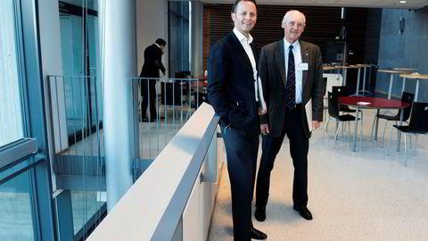 Dagens konsernsjef Thomas Wilhelmsen (45) og hans far Wilhelm Wilhelmsen (82) avbildet på BIs styrekonferanse i 2016.