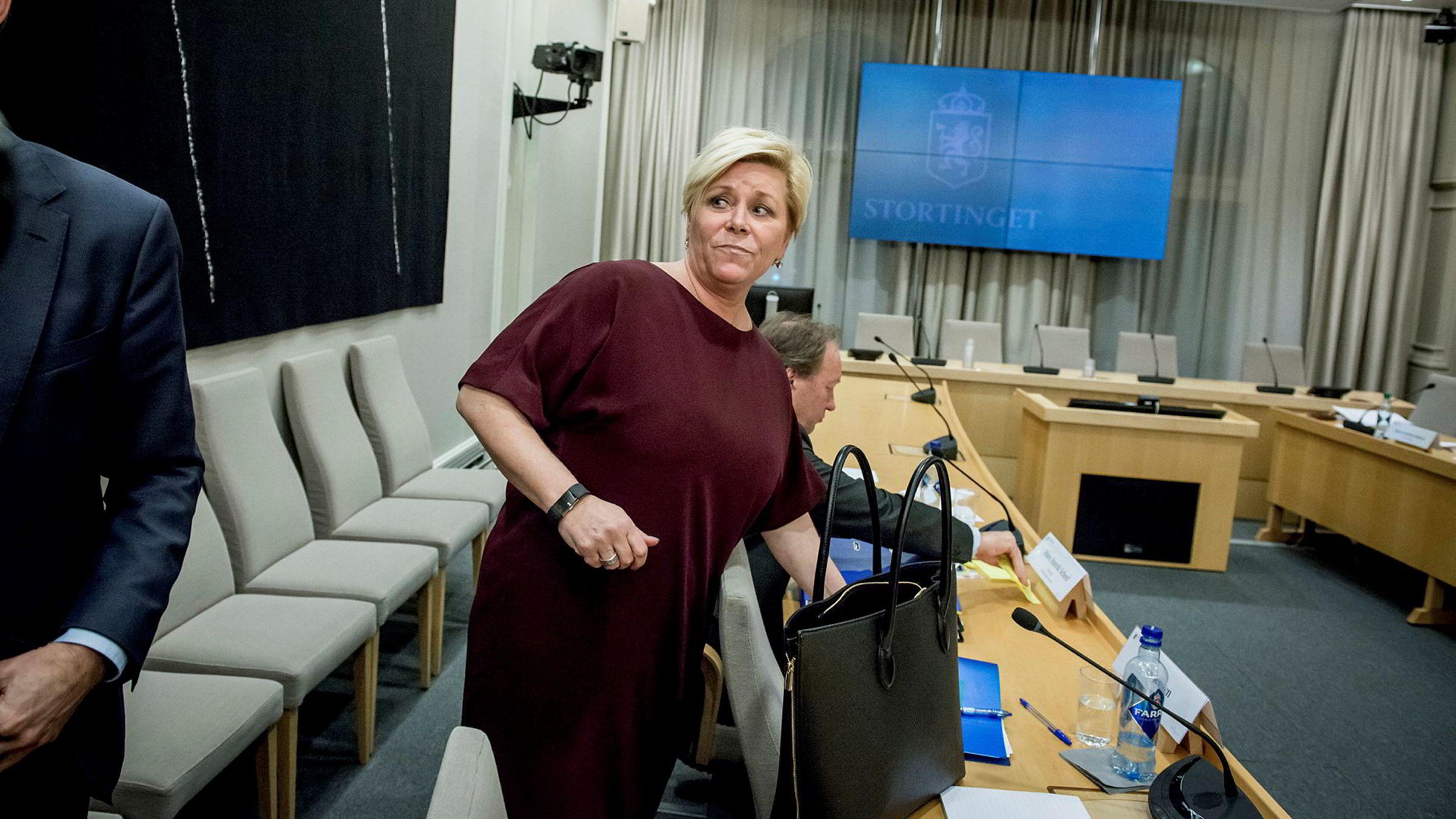 Finansminister Siv Jensen forklarte seg igjen for Stortingets kontrollkomité forrige uke.