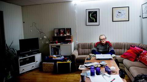 Gründerliv. Sturle Melvær Sunde driver sin bitcoin-virksomhet fra sofakroken hjemme i Florø. – Jeg burde vel fått meg et kontor
