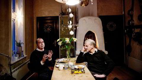 DN samlet Ap-leder Jonas Gahr Støre og forfatter Jan Kjærstad for å snakke om sistnevntes kritikerroste og høyaktuelle roman «Berge». På Kjærstads kjøkken dreide samtalen seg om 22. juli, radikalisering og hva vi egentlig kan vite om et menneske.