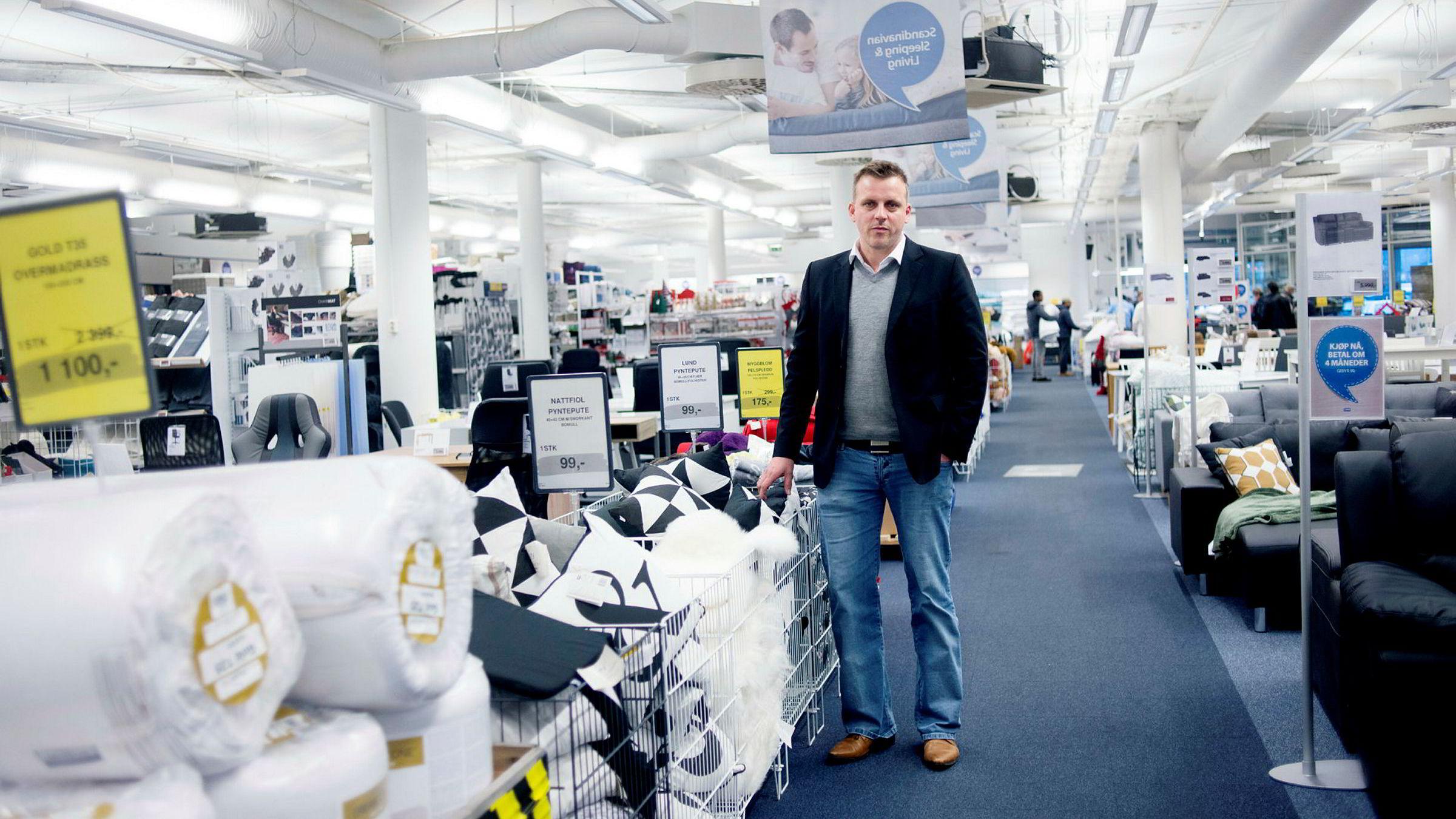 Salgsdirektør Are Bjøntegaard tok umiddelbart affære da han hørte at Jysk-annonser ble vist på nettsiden som er utestengt av en av de store reklamebørsene på grunn av hatefulle ytringer.