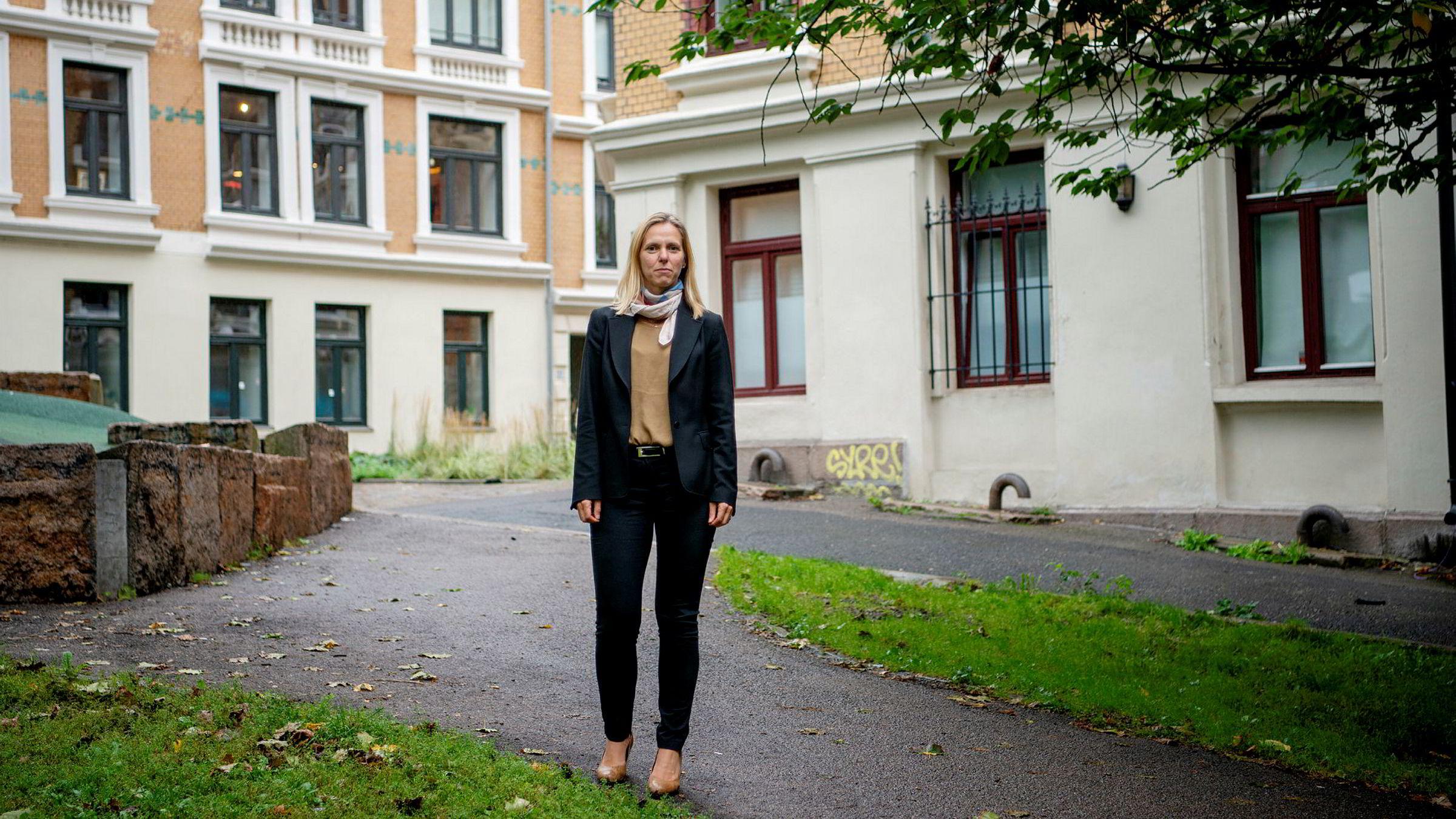 – Det er 40 prosent færre som har meldt interesse for forkjøp på Obos-boliger i årets uke 12 enn samme uke i fjor, sier konserndirektør for bank og eiendomsmegling Marianne Gjertsen Ebbesen i Obos.