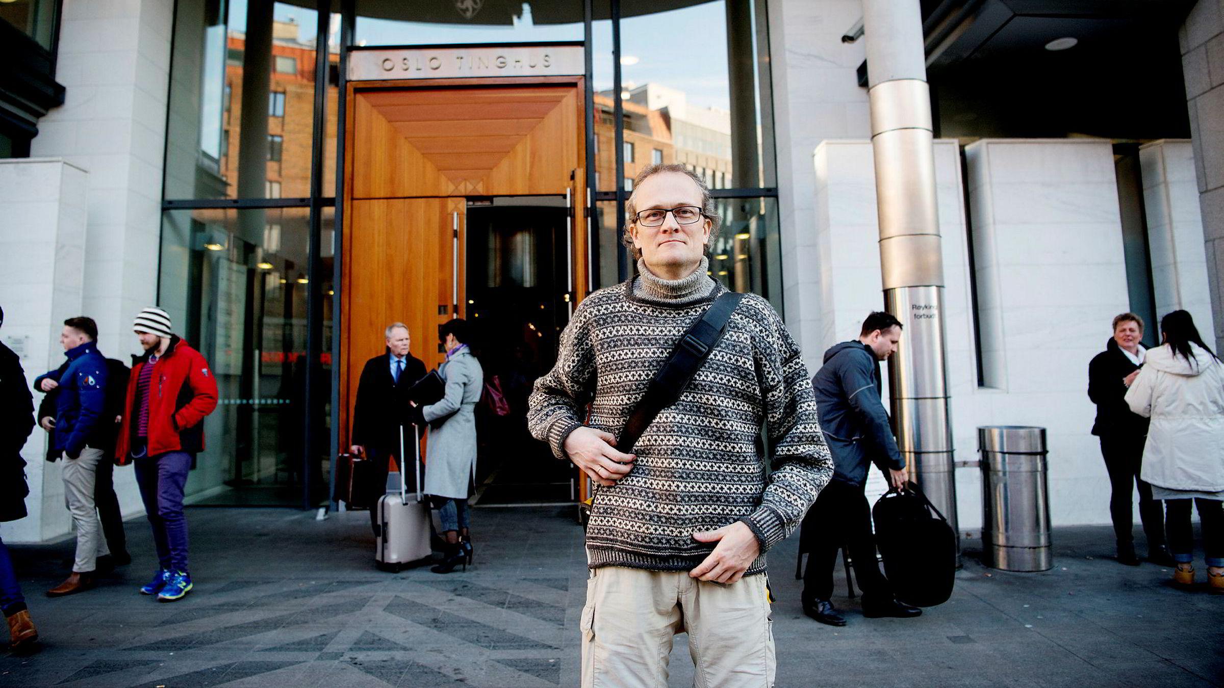 Sturle Sunde saksøkte Nordea, men tapte i retten.