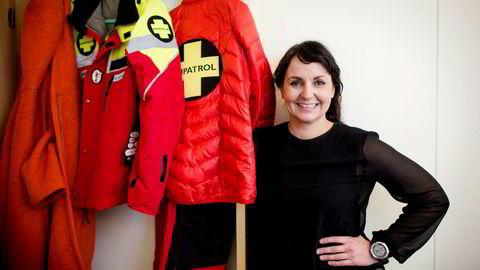 Generalsekretær i Alpinanleggenes Landsforening, Camilla Sylling Clausen, synes det er moro at alpinbransjen til tross for snømangel leverer en rekordsesong.