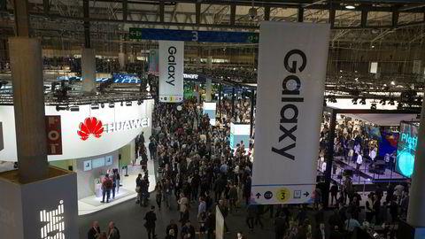 Mobile World Congress i Barcelona er mobilbransjens største møteplass. Rundt 100.000 mennesker samles her hvert år. Produktnyhetene kommer som perler på en snor.