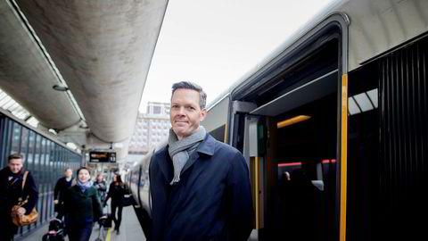 – Vi må stadig fornye oss og minne om fordelene ved Flytoget, sier Philipp Engedal, administrerende direktør i Flytoget.