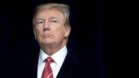 Donald Trumps formue har ifølge Forbes krympet med 3,1 milliarder kroner det siste året, og det har resultert i at han faller 222 plasser fra fjorårets 544. plass.