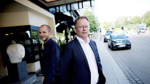 Robin Reed og Frode Fagerli (til venstre) i Gaming Innovation Group kritiseres for regnskapspraksis og håndtering av en rekke oppkjøp.