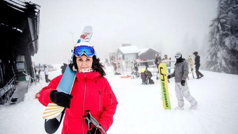 Tidlig sesongstart har medført økning i heiskortsalg og bookinger for flere av de store alpinanleggene. Generalsekretær Camilla Sylling Clausen i Alpinanleggenes Landsforening mener alt ligger an til en meget god sesong for bransjen.
