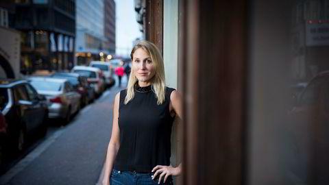 Sjefstrateg Erica Blomgren i SEB tror ikke boligprisfallet i Norge blir dramatisk, men advarer mot potensielle konsekvenser.