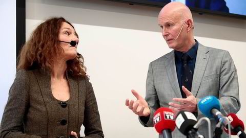 Camilla Stoltenberg og Bjørn Guldvog har vært sentrale i håndteringen av koronaviruset. 5. april ga Folkehelseinstituttet-direktøren klar beskjed til motparten i Helsedirektoratet.
