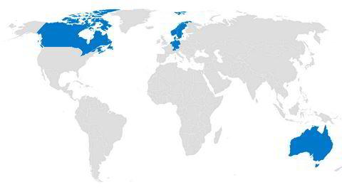 Kartet viser nasjonene som har toppvurdering hos alle de tre store kredittvurderingsbyråene. Illustrasjon: S & P/Moody's/Fitch/DN